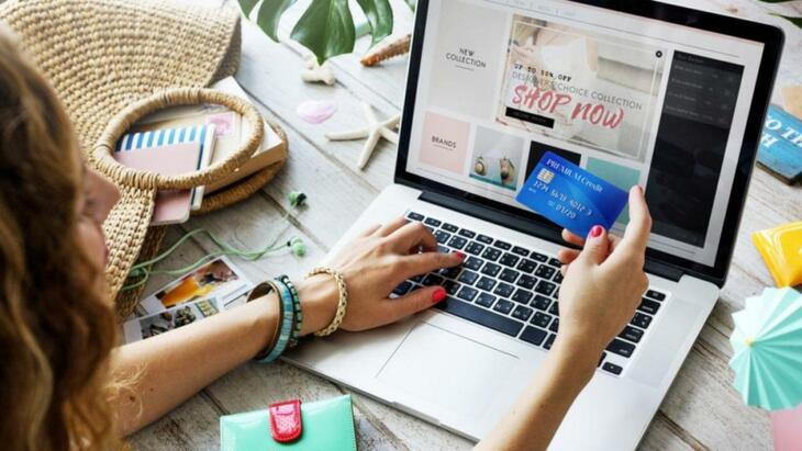 Online shop 120 € + VAT per year!